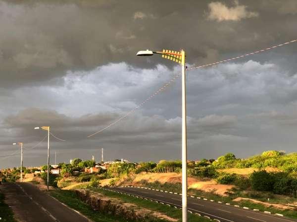 Chove em mais de 120 municípios do Ceará entre domingo e segunda-feira